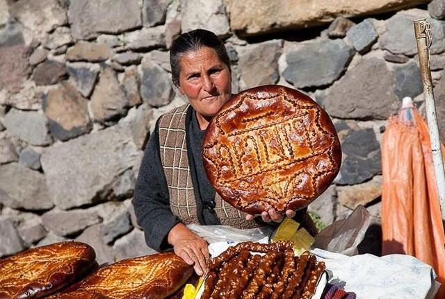 [新聞] 舌尖上的美食之亞美尼亞美食